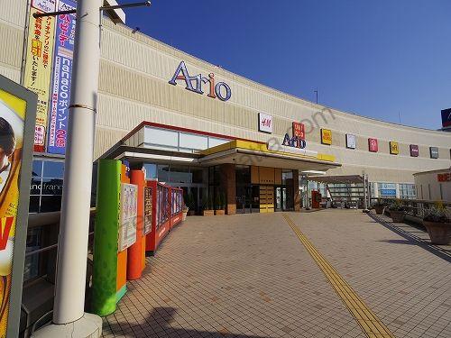 アリオ亀有の2階「亀有駅側口」の入口
