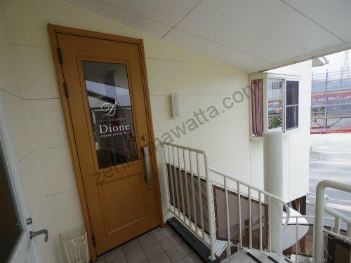 ディオーネ(Dione)山口店のサロン入口