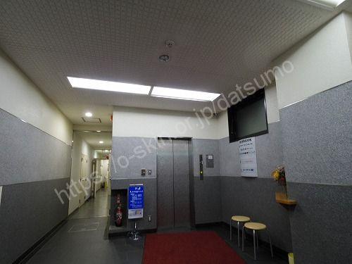 三ノ丸ビルのエレベーターホール