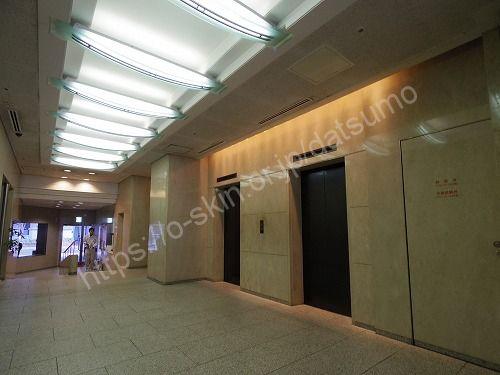 三神ビルのエレベーター