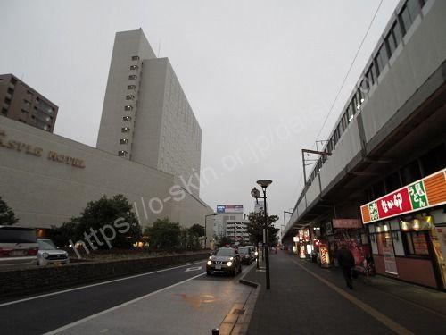 左手に福山ニューキャッスルホテル