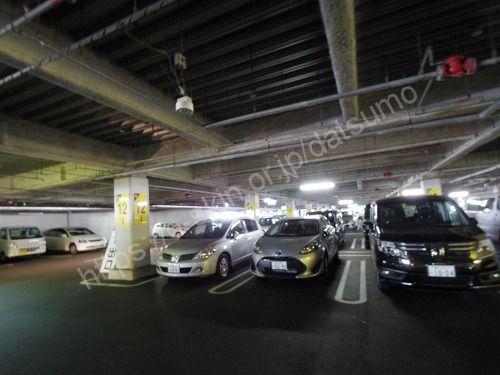 立体駐車場2