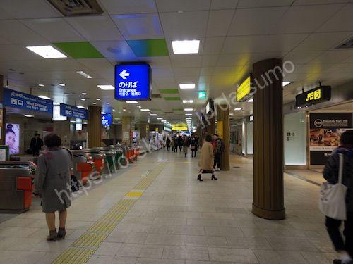 地下鉄天神駅の西口改札